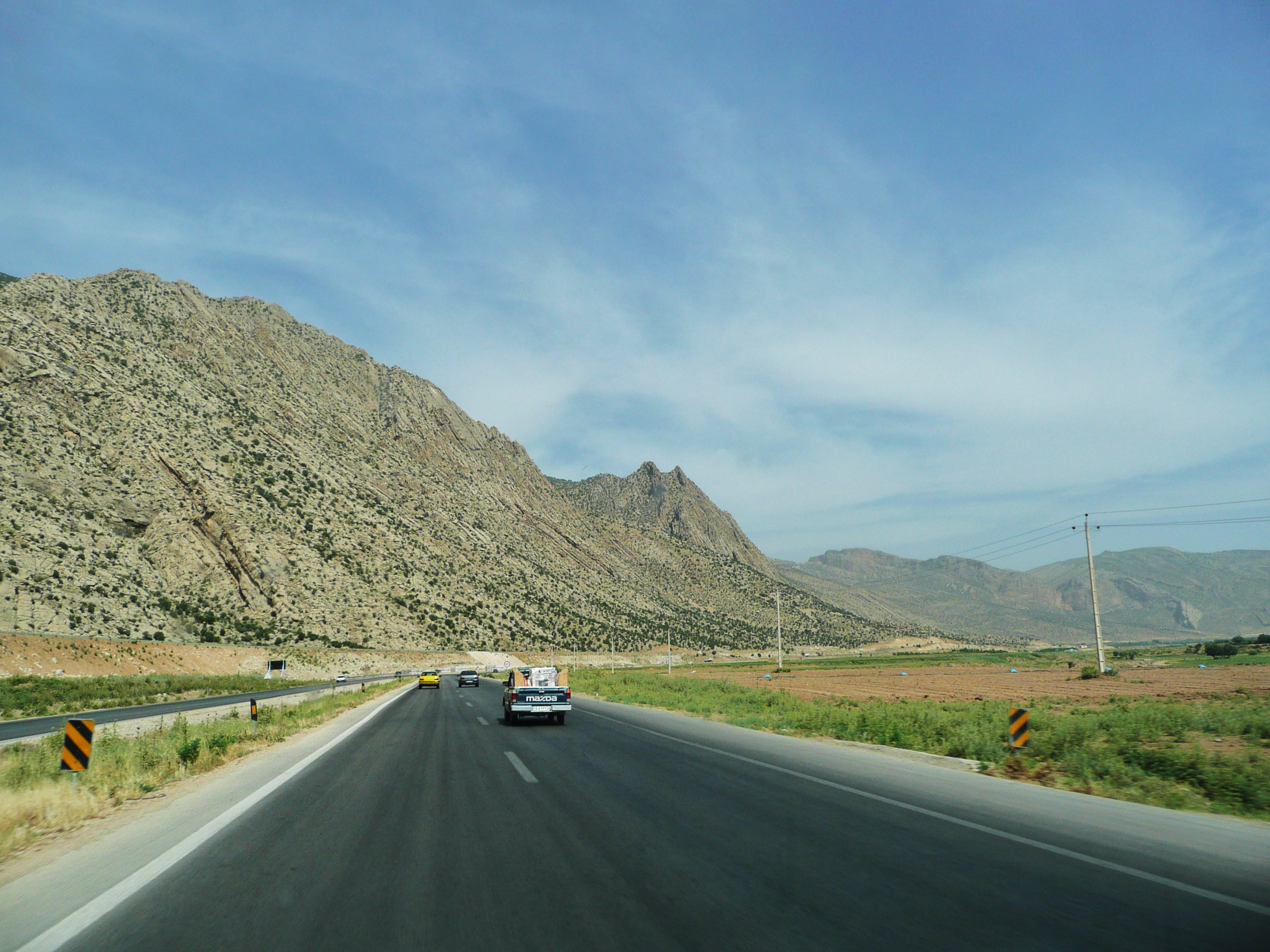 On the road from Shiraz to Isfahan