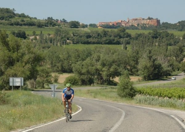 Visit Provence by bike_Roussillon background