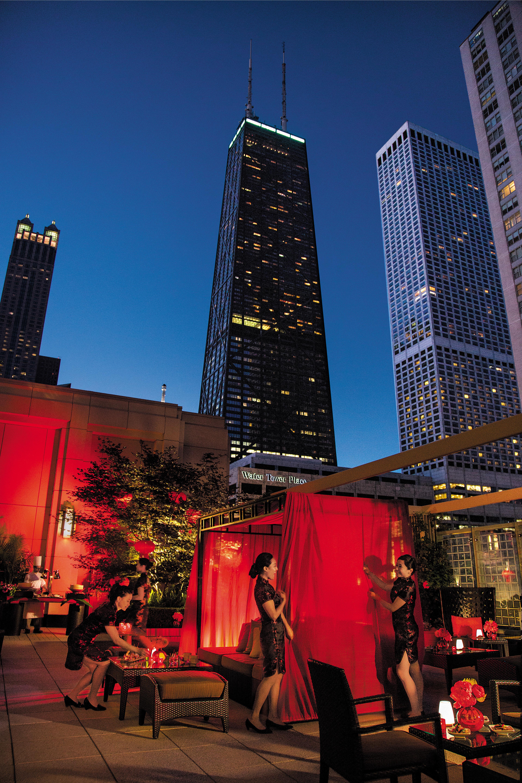 Shanghai Terrace Peninsula Hotel Chicago