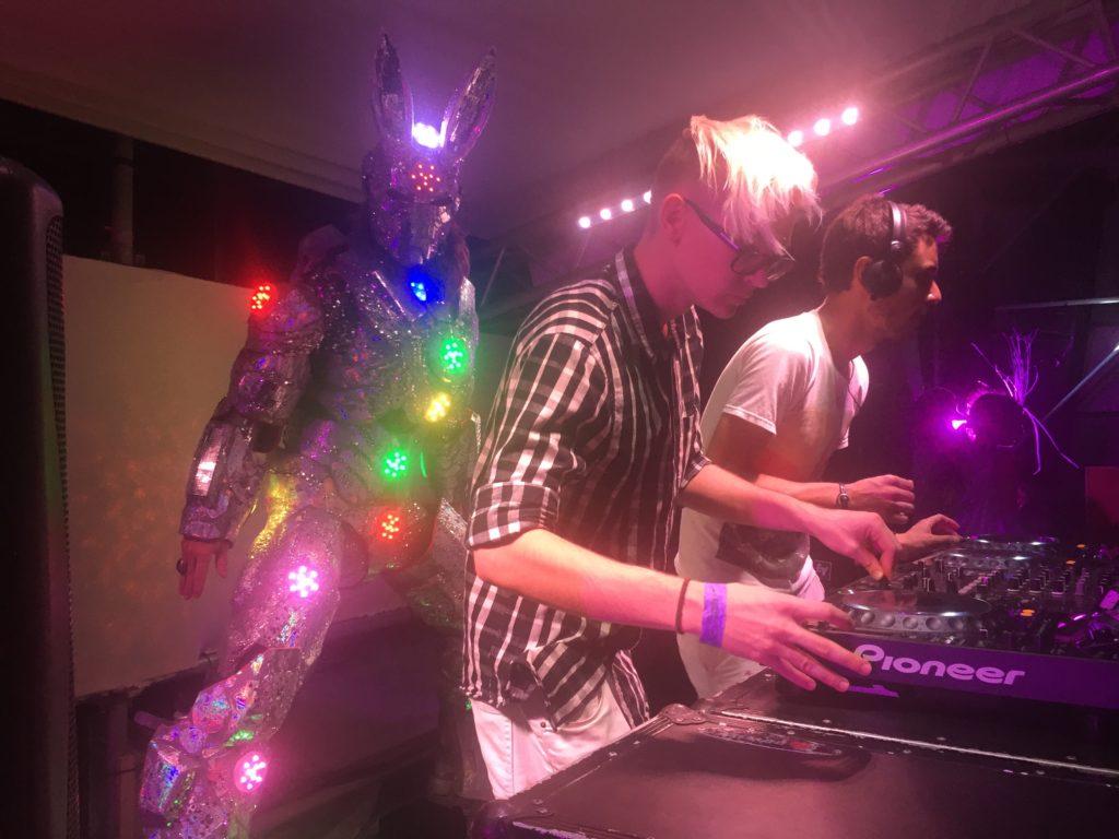 Love Festival Aruba Fise DJ LED